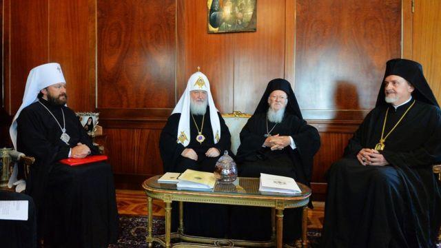Митрополит Иларион на встрече двух патриархов в Стамбуле