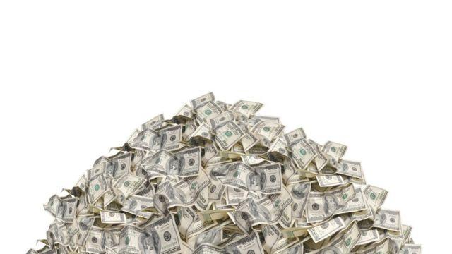 купа доларів