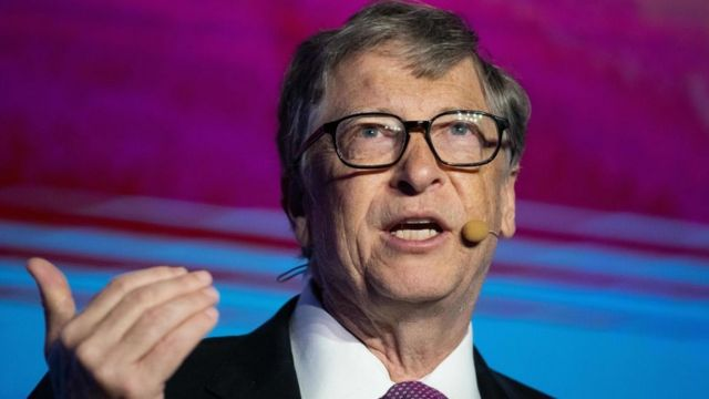 Bill Gates dando una conferencia en Beijing en noviembre de 2018.