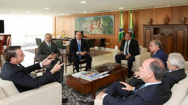 Chico Rodrigues em reunião com Bolsonaro e o ministro Onyx Lorenzoni