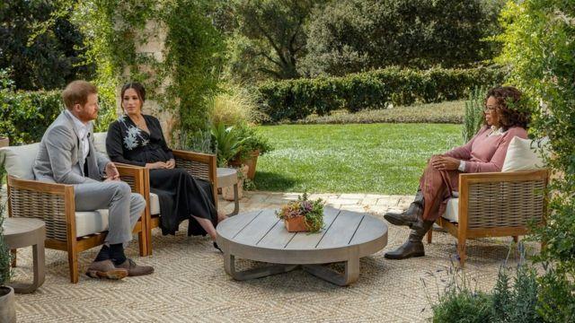 الأمير هاري وزوجته ميغان في مقابلة تلفزيونية مع أوبرا وينفري