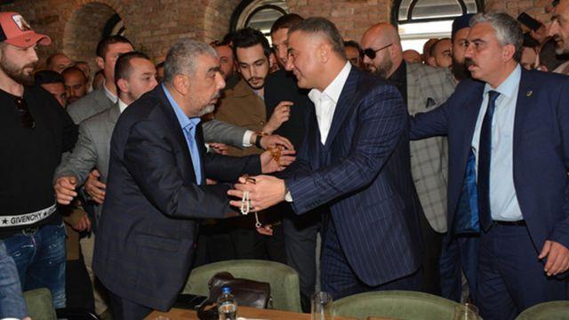 Sedat Peker'in internet sitesinde paylaşılan, Haluk Kırcı'yla fotoğrafı.