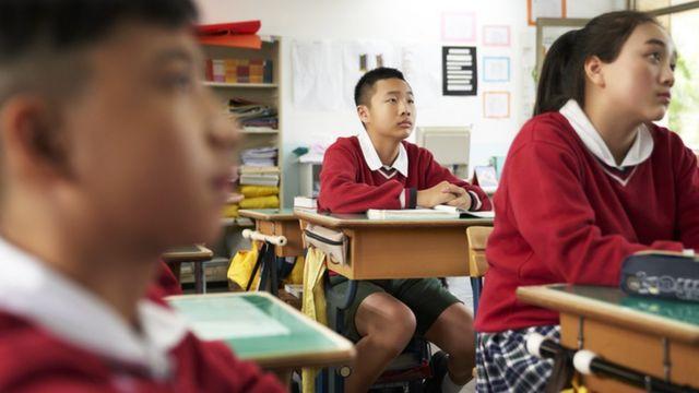Estudantes de cidades chinesas