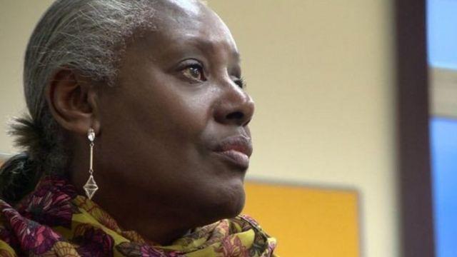 लीड्स बीएमई कैंसर व्यॉस समर्थन समूह में एक महिला मरीज