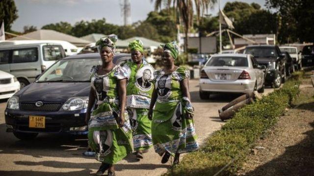 Abapfasoni muri Zambia ni bo babeshejeho imiryango yabo.