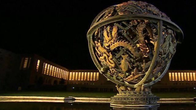 The Globe outside of the United Nations (UN) Offices on the opening day of Syrian peace talks on January 29, 2016 in Geneva.