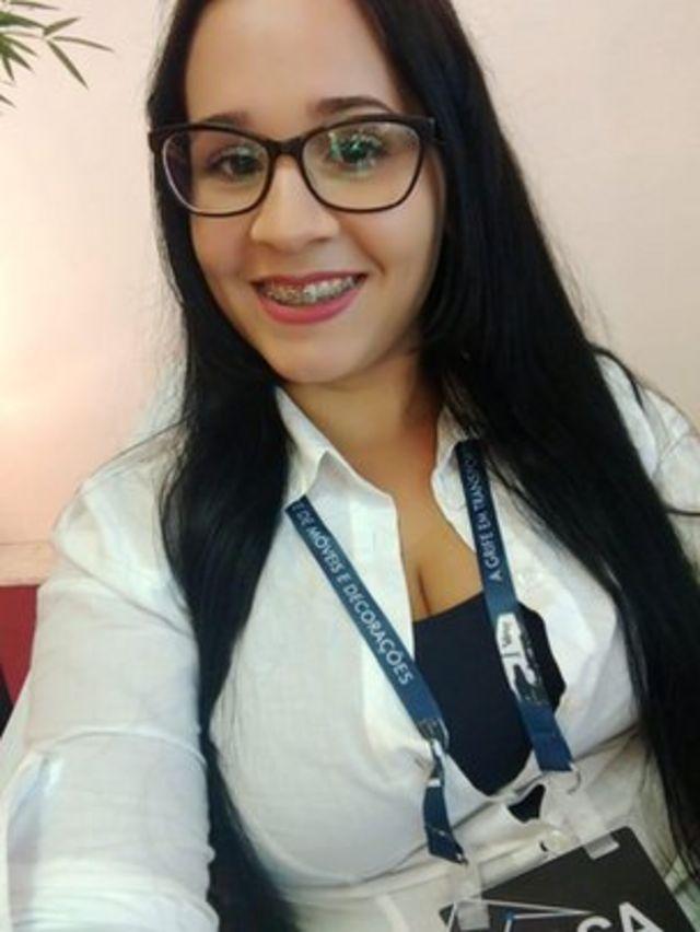 Maria Aline Macedo, 21, estuda à noite e precisa deixar o filho com a mãe ou com uma babá