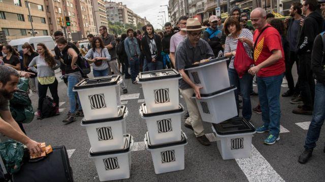 Urnas para el referendo del 1 de octubre en Cataluña.