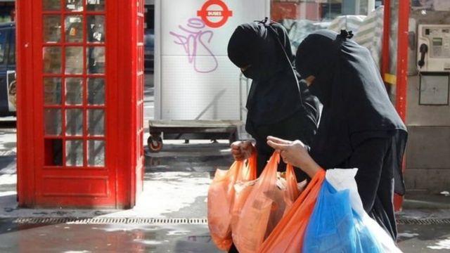 نساء مسلمات في بريطانيا
