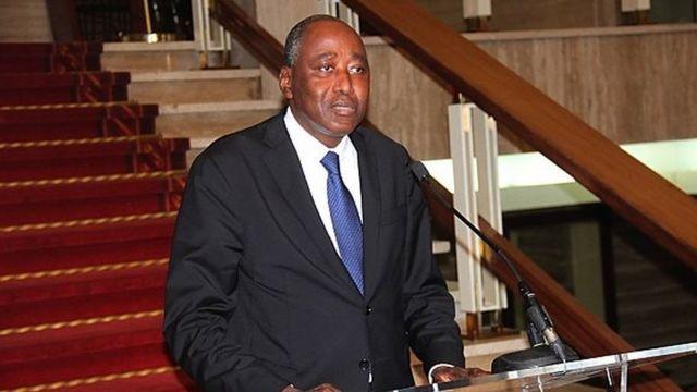 Il était jusqu'ici secrétaire général de la présidence. Il remplace Daniel Kablan Duncan , promu vice -président ce mardi matin