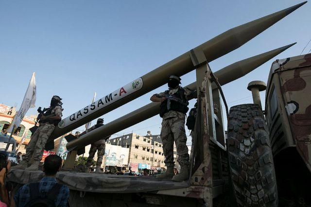Hamas'ın sergilediği füzeler
