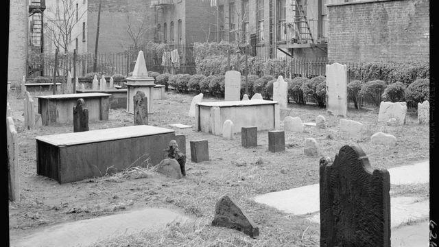 Old New York Jewish Cemetery