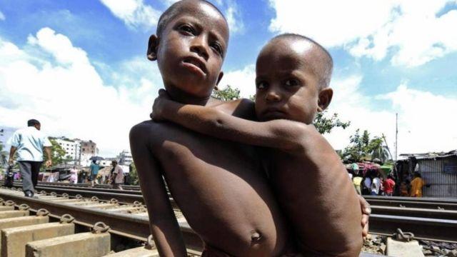 현재 전세계 5세 미만 어린이 2억 명이 영양실조를 겪고 있다