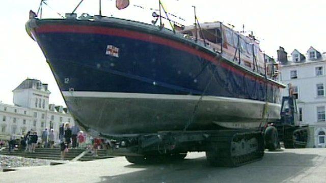 The RNLI Llandudno lifeboat preparing to launch