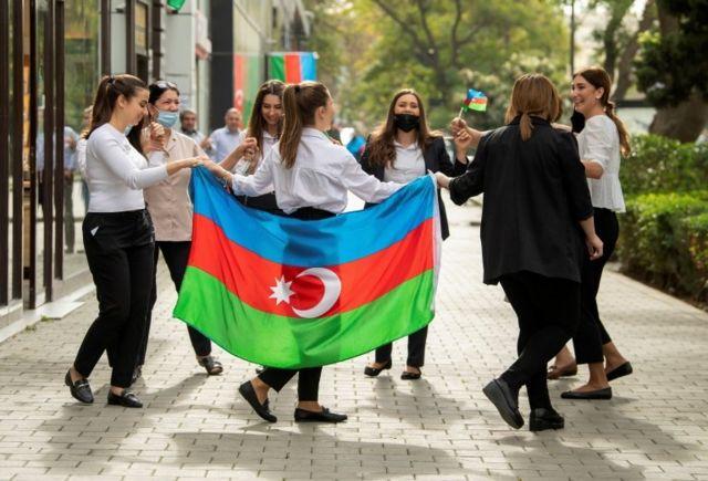 شادی در باکو