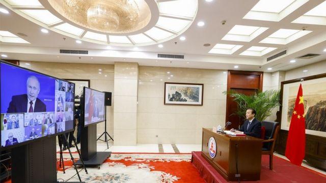 俄罗斯总统普京对新华社记者说,俄中关系达到了前所未有的高水平,双方有广泛的共同体利益,俄罗斯要同中国在更多领域深化两国的合作(photo:BBC)