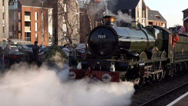 Steam loco Clun Castle takes first trip after £750k refit