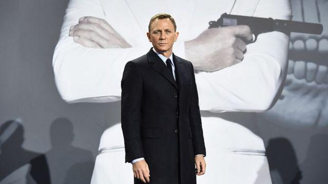 Деніел Крейг - агент 007