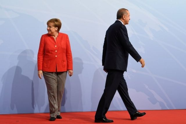 Hamburg'daki son G20 Zirvesi'nde Almanya Başbakanı Angela Merkel ve Cumhurbaşkanı Recep Tayyip Erdoğan