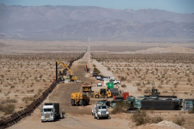 строительство на границе США