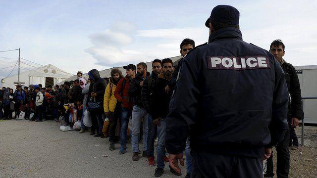 A line of refugees