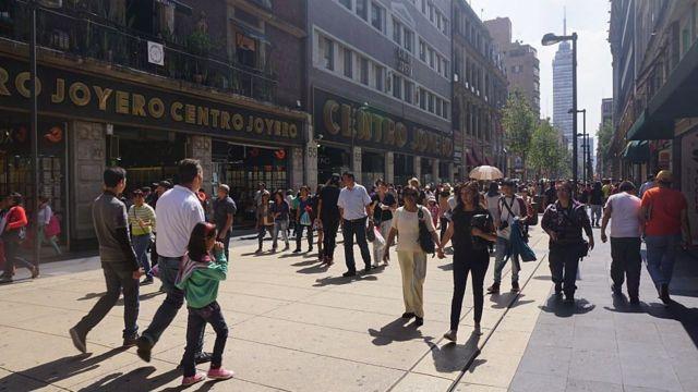 Gente caminando en Ciudad de México