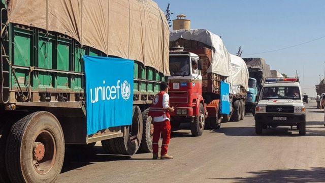 Camiones con ayuda