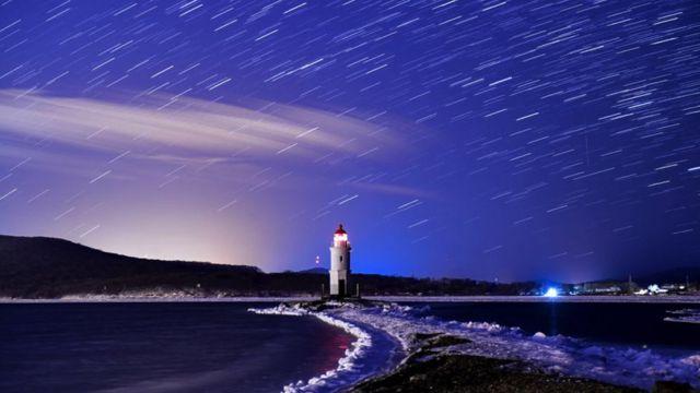 Токаревский маяк на острове Русском в Японском море