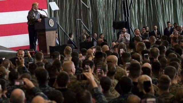 ประธานาธิบดีทรัมป์กล่าวปราศรัยต่อทหารอเมริกันที่ฐานทัพอากาศโยโกตะ