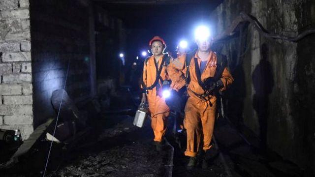 बचाव दल चीन की खदान में विस्फोट