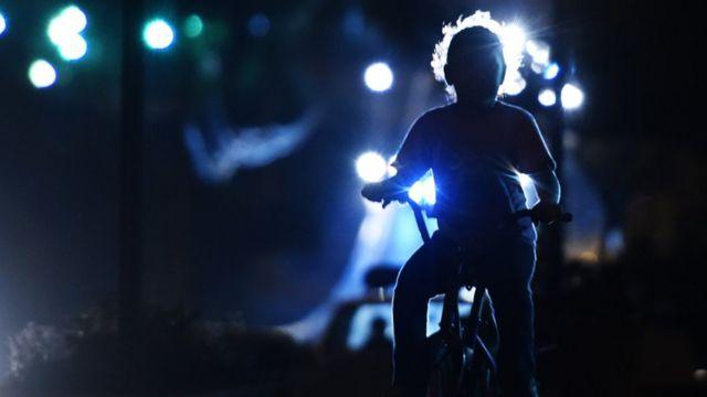 Dete na biciklu