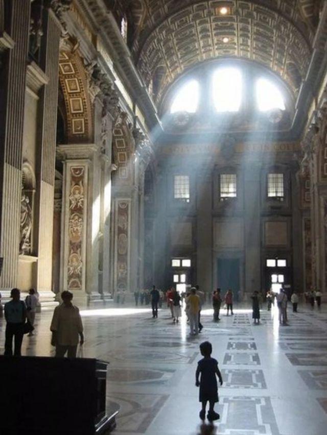 Cocin Saint Peter's Basilica da ke Birnin Vatican