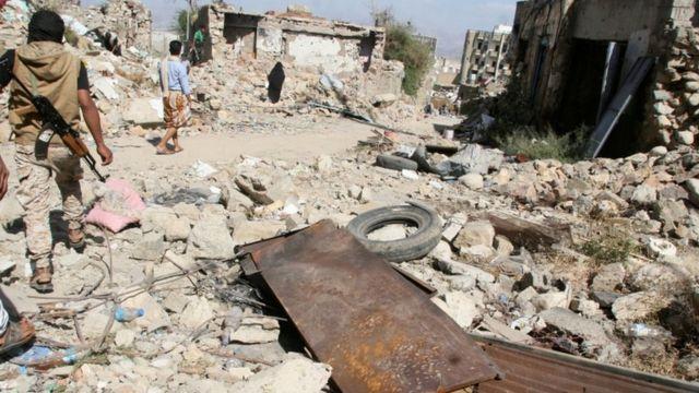 تدور المعارك في اليمن منذ 18 شهرا، وقتل بسببها قرابة 7 آلاف شخص، الكثير منهم من المدنيين