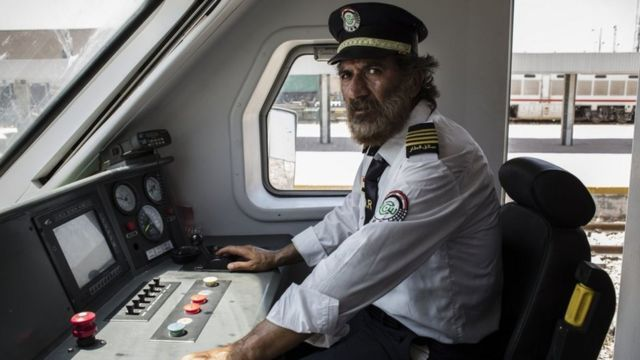 سائق القطارات العراقي علي الكرخي