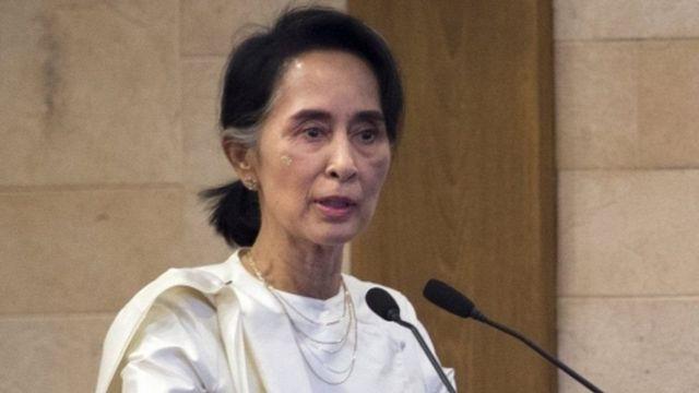 Umuhanuzi w'igihugu Aung San Suu Kyi avuga ko ubutegetsi butinya ko abanyagihugu basubira guhunga ku bwinshi