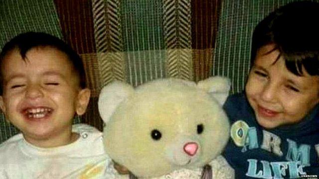Migrant crisis: Drowned boy's father speaks of heartbreak