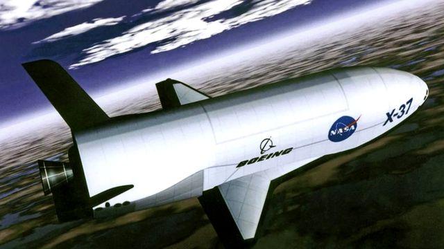 Космический самолет Boeing X-37B сможет запускать маленькие спутники, которые будут выполнять некоторые миссии U-2