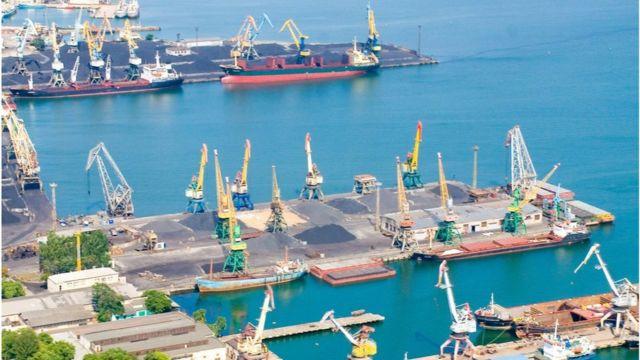 Втрата Керчі обернулася не лише збитками для портів на Азові, але й для металургів та аграріїв