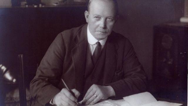 Malo je nedostajalo da Arčibald Lič završio karijeru arhitekte zbog tragedije na Ajbroksu