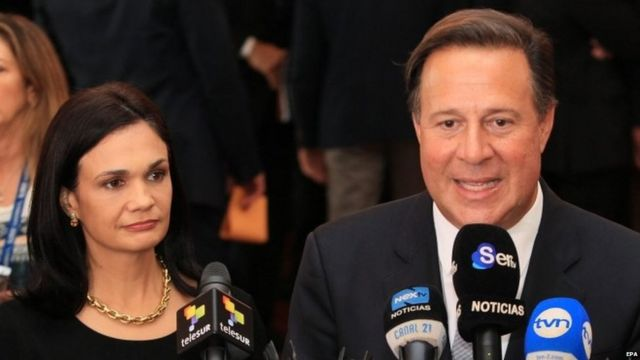 Panamanian President Juan Carlos Varela (right) with Foreign Minister Isabel de Saint Malo de Alvarado