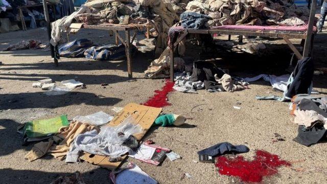سوق الملابس المستخدمة وسط بغداد