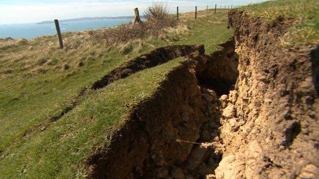 Crack at Preston, near Weymouth
