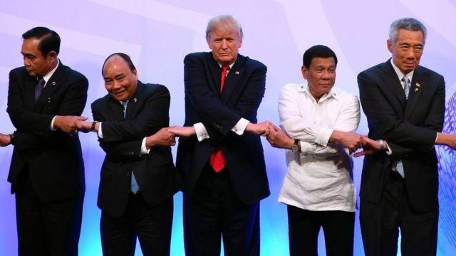 VN bị ảnh hưởng gì khi Philippines muốn 'gần Trung, xa Mỹ'?