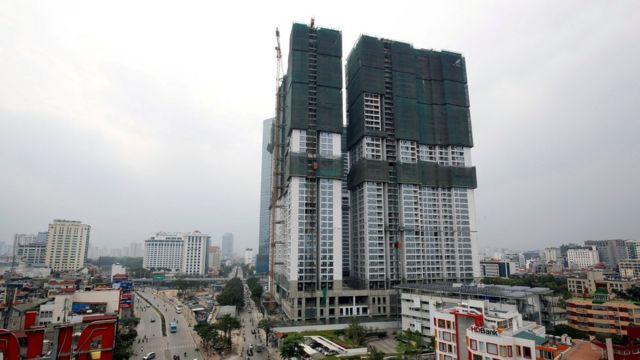 Khu chung cư cao cấp Vinhomes Metropolis đang được xây dựng trên khu 29 Liễu Giai