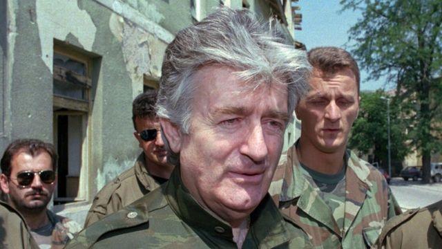 1995年8月当時のカラジッチ被告