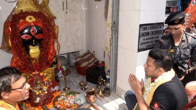 অনুপম হাজরা