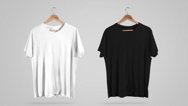 Camiseta blanca y camiseta negra