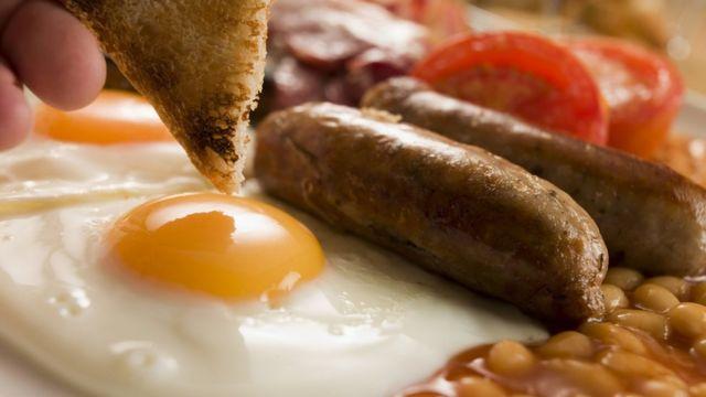Diet debate: Is breakfast a waste of time?