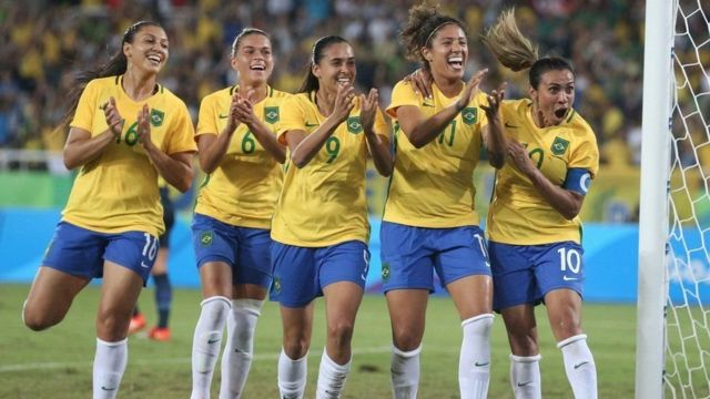 Seleção brasileira comemora na Rio-2016
