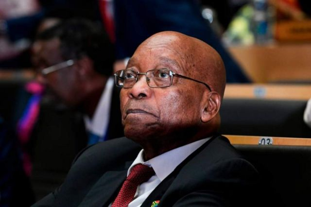 Bwana Zuma yatanze imihoho mu kwezi kwa Kabiri agondojwe n'umugambwe wiwe